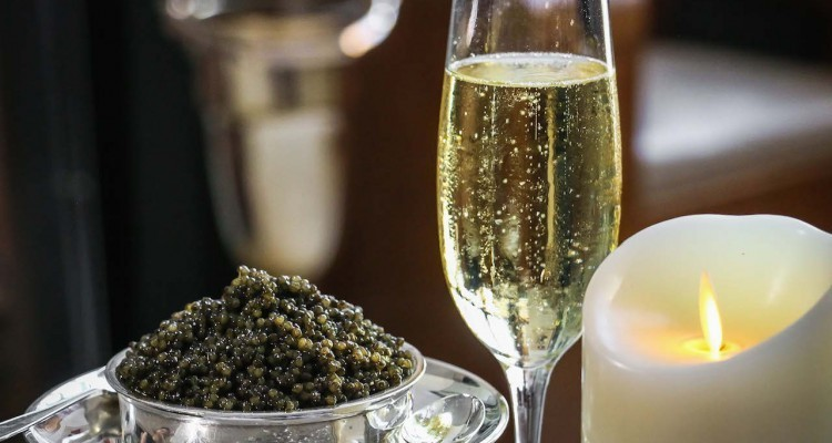 Best-Combination-Caviar-and-Champagne